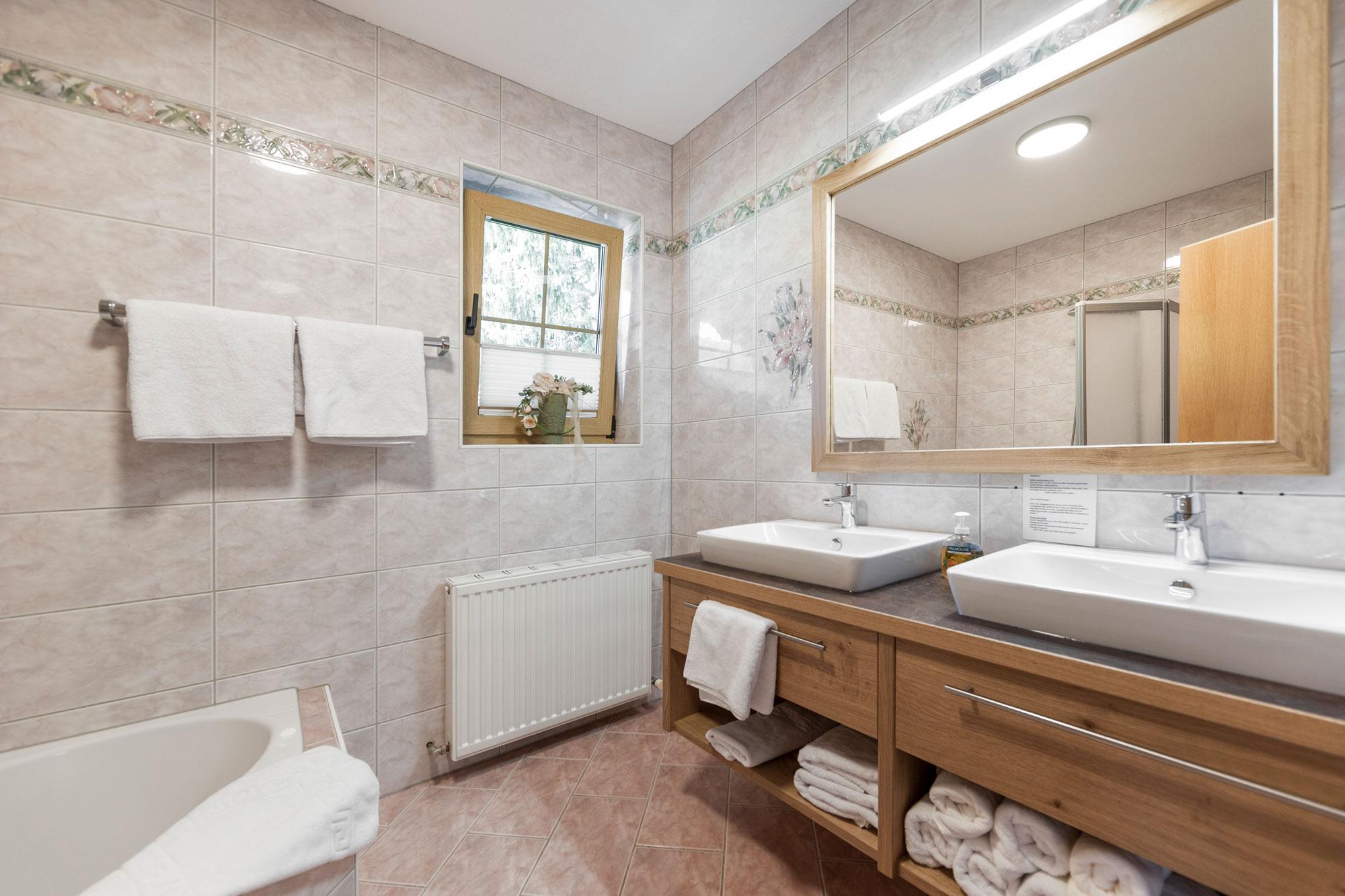 Alpenhof-Lermoos-Apartment(5)